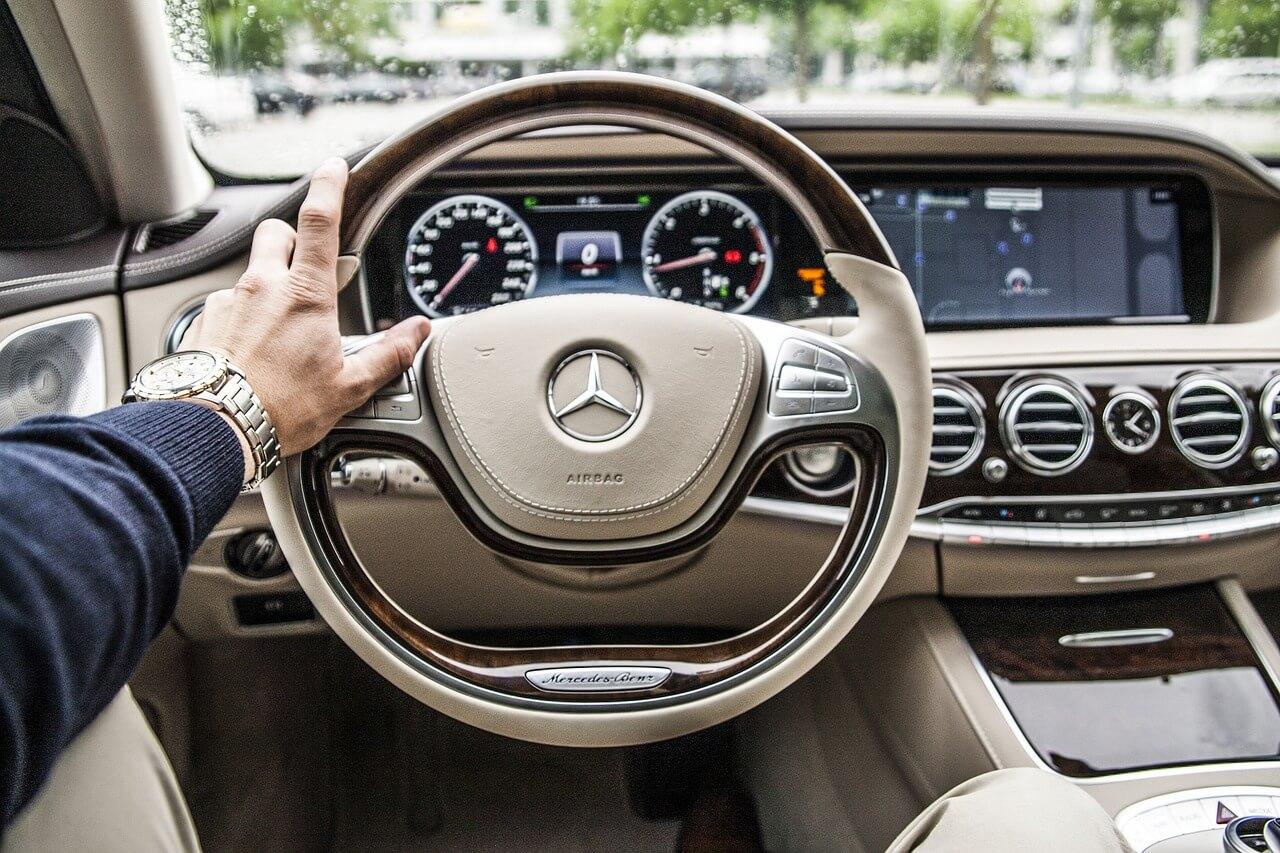 volante mercedes seguro coche
